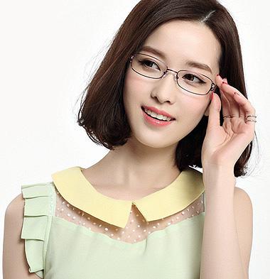 戴眼镜的女生适合什么短发发型
