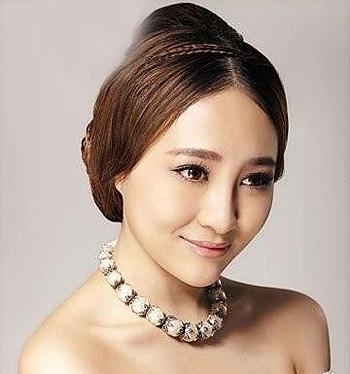 怎样快速做一个新娘发型 适合脸大的新娘发型