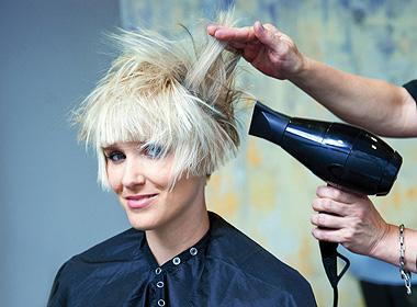 冬季快速解决洗头问题 不再为头发出油担心
