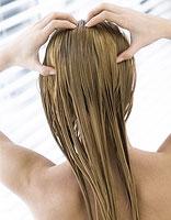 3点错误的护发方法 让头发油腻又有头皮屑