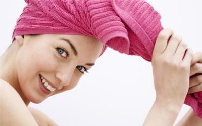 洗澡时需要注意的7个易被忽视的错误洗发方法