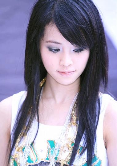 蔡依林教你梳斜刘海 矮个子女明星斜刘海中长发