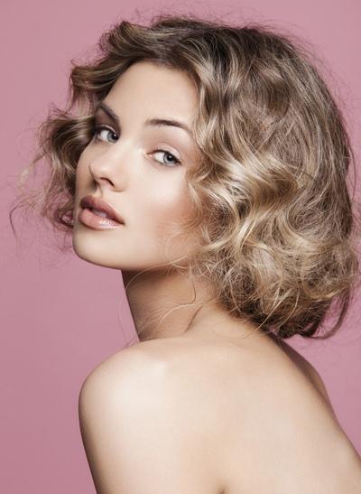 2015短发最新发型适合圆脸女生 短发发型图片2015女圆脸