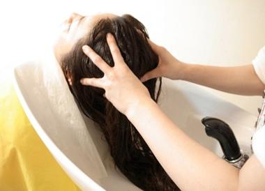 洗头注意要点 5个洗发易被忽视的地方