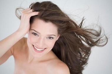 受损秀发怎么拯救 6招将秀发恢复柔顺强韧
