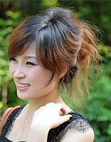 方脸扎头发适合什么刘海 方型脸如何扎头发