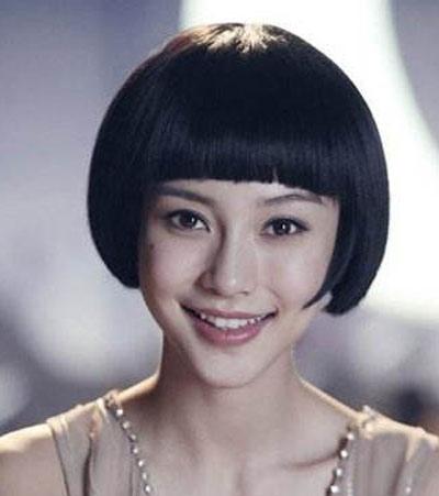 蘑菇头短发女生发型 超短蘑菇头发型图片