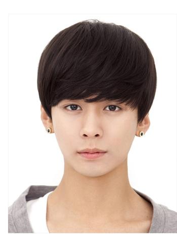 小男孩蘑菇头发型怎么剪 小男孩蘑菇头发型图片[蘑菇头]-男孩发型