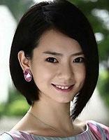 长脸额头窄女人适合的短发 窄额头长脸短发女明星发型图片