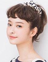 中学生方形脸适合梳什么发型 方脸梳头发的图解步骤