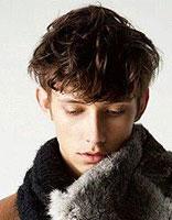 男生长脸适合什么发型 中学男生长脸发型设计