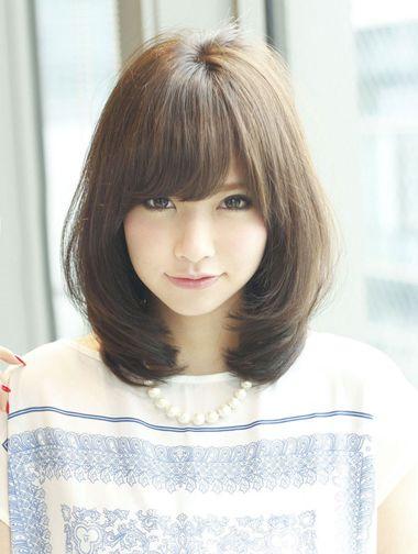发型热点 > 大脸适合的发型 >   学生脸大适合什么短发?图片