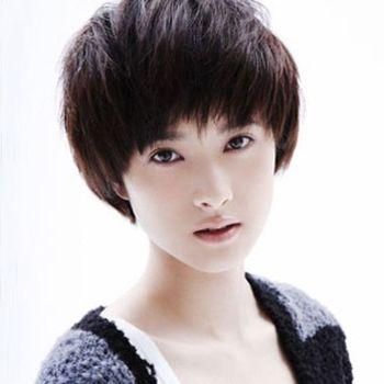 2015流行的女生短发发型设计 不烫不染短发发型图片图片