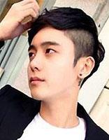 男生不烫头发有什么好看的长发发型 男生直发发型