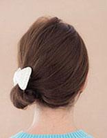 齐肩直发怎么扎丸子头 直发丸子头的扎法步骤