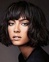 娃娃脸适合烫什么短发发型 2015欧美适合娃娃脸的短发
