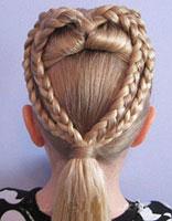 儿童头发扎马尾怎么编发 儿童马尾辫编发教程图解图片