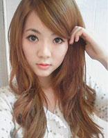 菱形脸适合的长卷发造型 适合菱形脸的时尚卷发发型设计