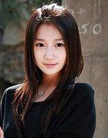 女生黑色长发只烫发不染的发型图片 不烫不染的女生长