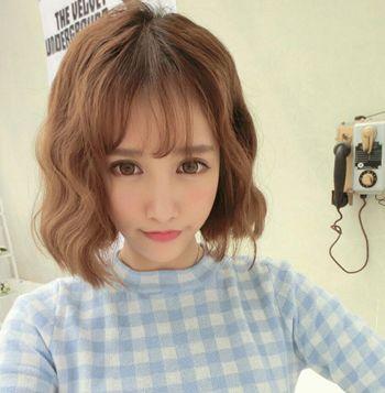 女生蘑菇头短发发型怎样搭配衣服 蘑菇头短发发型图片[蘑菇头]-时尚短