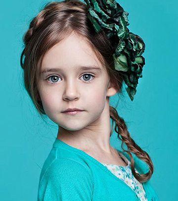 小学生的头发短的扎辫子 适合小学生简单编发发型