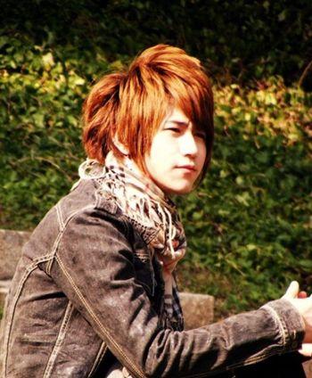 非主流男士长头发造型 男生帅气非主流发型