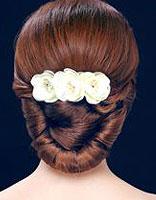 脸大的新娘适合什么韩式盘发 适合大脸的盘发教程