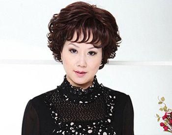 中年女性发型短发大脸 中年妇女大脸发型图片图片