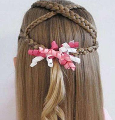 扎头发复杂样式发型 女童怎么扎头发好看图解[儿童发型]-儿童发型绑扎图片