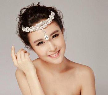 结婚短发盘发发型 圆脸适合的新娘盘发图片图片