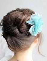 中短头发如何用盘发器盘发 中短头发用簪子盘起来方法