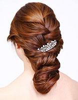 新娘盘发发型步骤 教新娘盘头发型图解