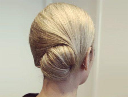 秋冬季发型盘发方法 中发盘头发型图解步骤
