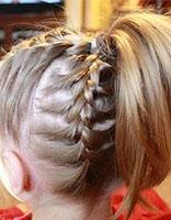学生发型怎么扎 学生发型扎法有刘海步骤