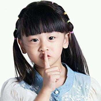 小女孩扎头发发型 小女孩简单扎小辫子发型图片