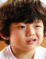 怎么保持韩版的男烫发 韩式小男孩烫发