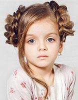 小孩烫完头发该怎么扎起来图片 小孩头发烫过怎么扎好