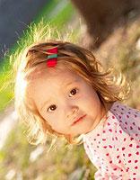 女童不留刘海的短发 儿童刘海短发梳辫子