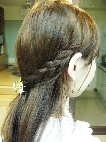 瓜子脸前面有流海的初一女生适合扎怎么样的发型图片