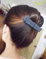 初中生怎么才能盘好漂亮的头发 初中女生盘发简单步骤