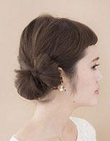 女孩子扎发型有那些 长发女孩发型绑扎方法