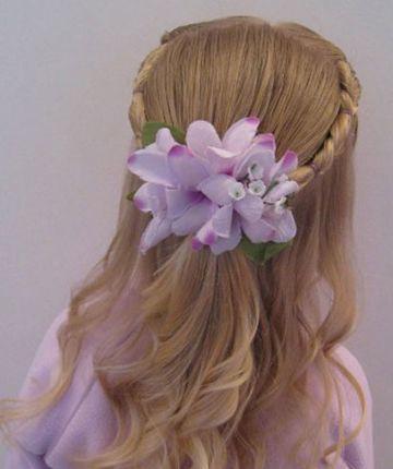 三岁女童发型绑扎图片 儿童扎发发型梳理教程