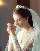 直发新娘盘发发型 好看的新娘盘头发型
