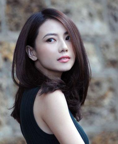 0岁女人显年轻烫发发型图片[中年发型]-中年妇女发型图片