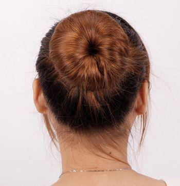 烫直的长发扎什么发型好看 头发烫直后的扎发图解图片
