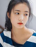 高中女生的简便舒服的发型扎法 高中生女生发型的扎法
