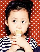 儿童盘头发型步骤图片 简单的儿童盘发发型图片