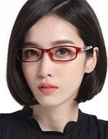 戴眼镜中短发烫发发型 烫发短发发型图片