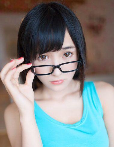 什么发型是整齐的斜刘海 怎样设计斜刘海发型