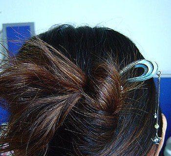 簪子盘头发型步骤图片 2016新发型中长发盘法